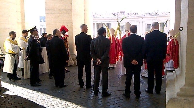 Templari in piazza San Pietro con papa Francesco per la Domenica delle Palme