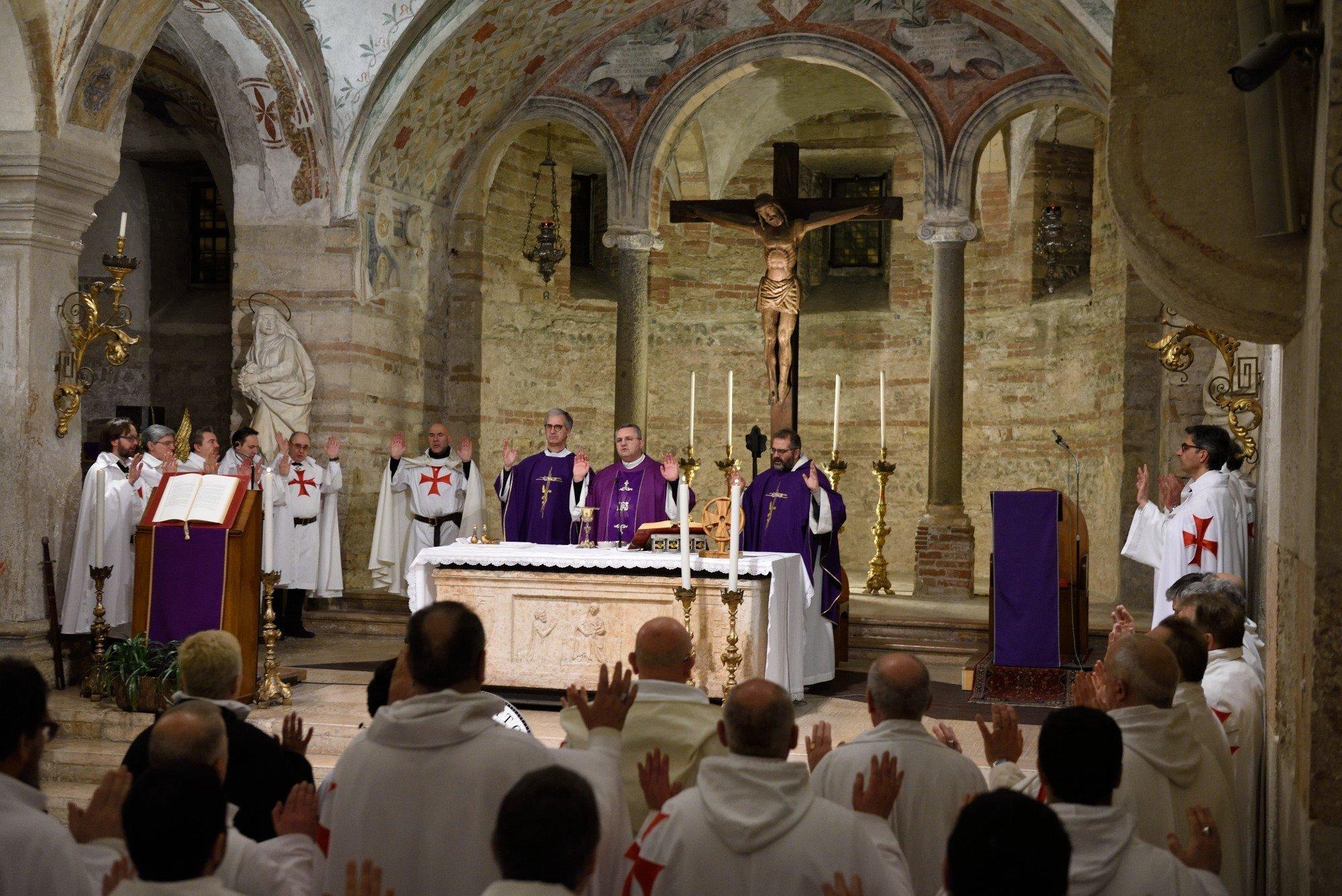 Chiesa di San Fermo - Verona - Templari Cattolici foto 05